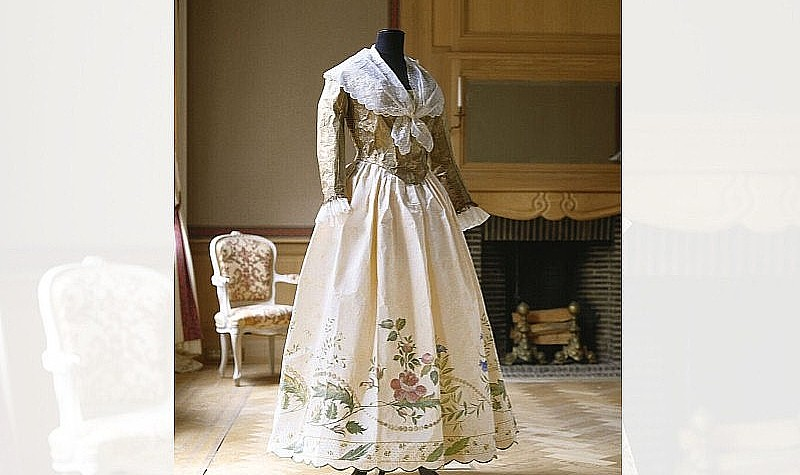 Pierrot Jacket and Petticoat, 1994 Based on a ca. 1790 ensemble in the collection of Kyoto Costume Institute