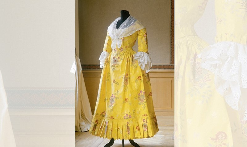 Robe a' la Polonaise, 1994, Based on a ca. 1780-85 gown of hand-painted Chinese export silk in the collection of The Costume Institute, The Metropolitan Museum of Art, New York, 1970.87 ab